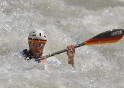 TOBIAS BONK (GER) WORLD CHAMPION IN K1 MEN CLASSIC RACE